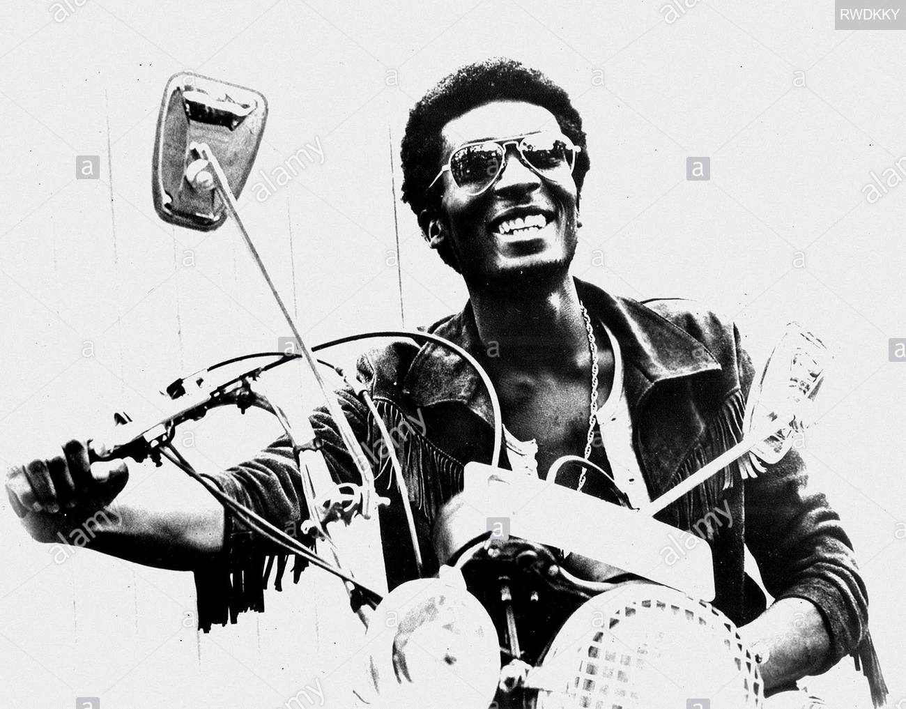 jimmy-cliff-the-harder-they-come-1972-RWDKKY