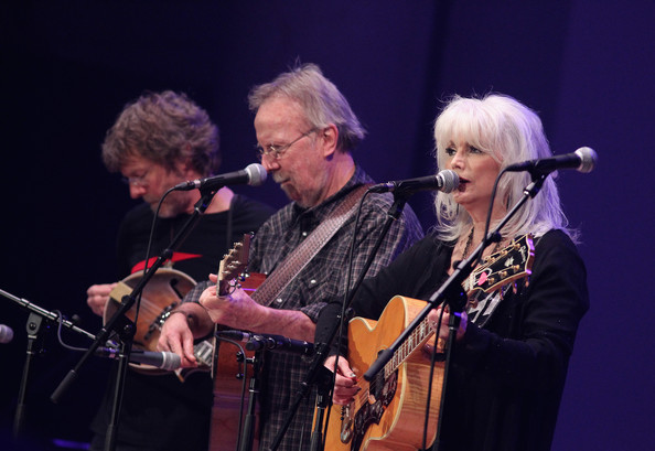 Emmylou Harris & the Desert Rose Band