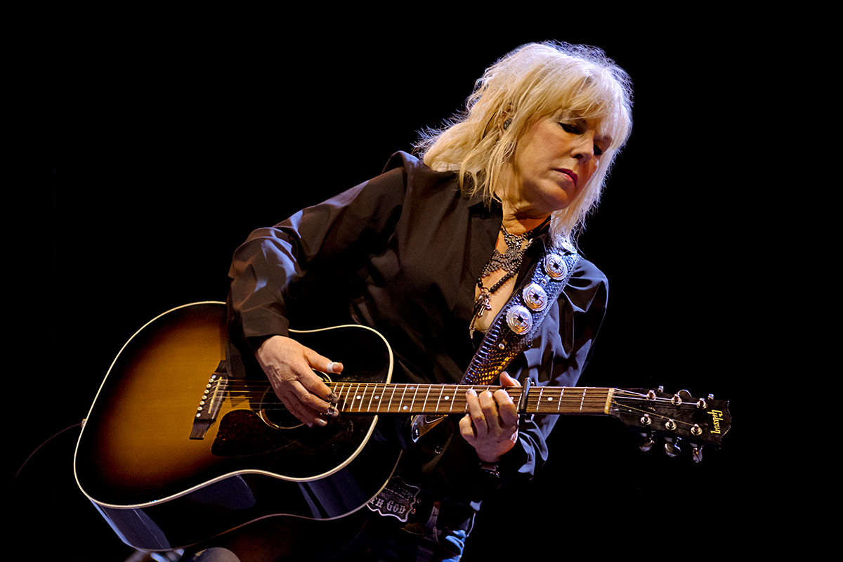Lucinda-Williams-11