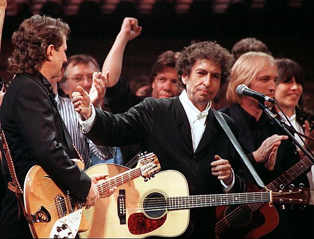 Bob Dylan back-mcGuin-Dylan-Petty