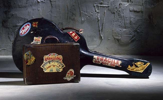 Traveling Wilbury's Guitar