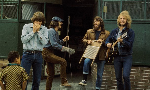 Creedence Clearwater Revival Street Performance1000